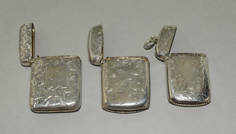 3 Silver Hallmarked Vesta Cases - Image 3 of 3