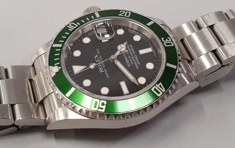 Rolex Submariner 16610, with service box and papers. - Image 3 of 10