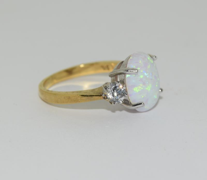 9ct Gold On Silver Opaline Trilogy ring. - Image 5 of 6