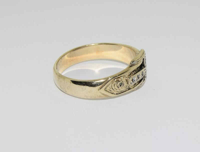 9ct Gold Gents Buckle Ring Fitted with Diamonds. Size T - Image 5 of 6