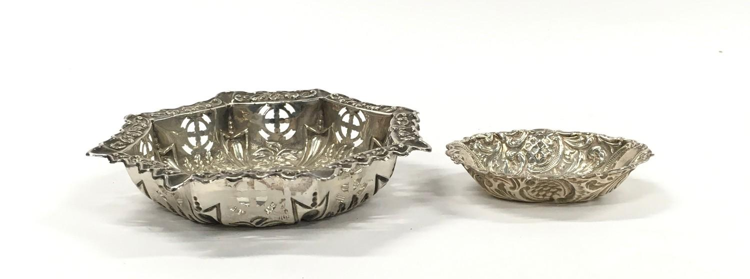 Silver Hallmarked Repousse Dish in Hexagonal Form together with a Silver Hallmarked Repousse Pin - Image 2 of 4