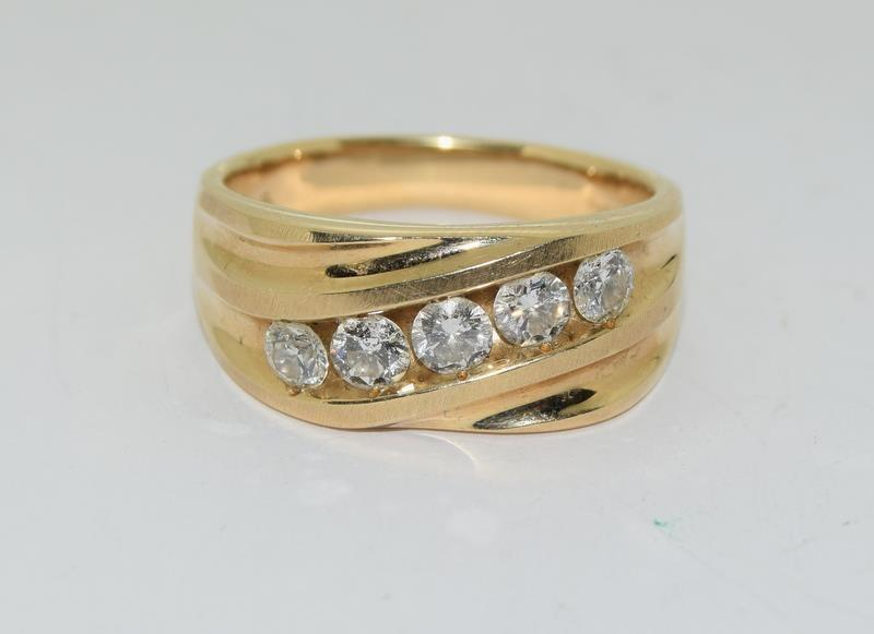 14ct Gold Gents 5 stone Diamond Signet ring. Size W.