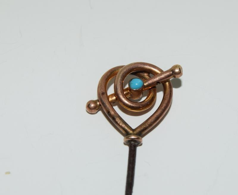 Collection of 9ct picks including Murrle Bennett. (NI009) - Image 3 of 5
