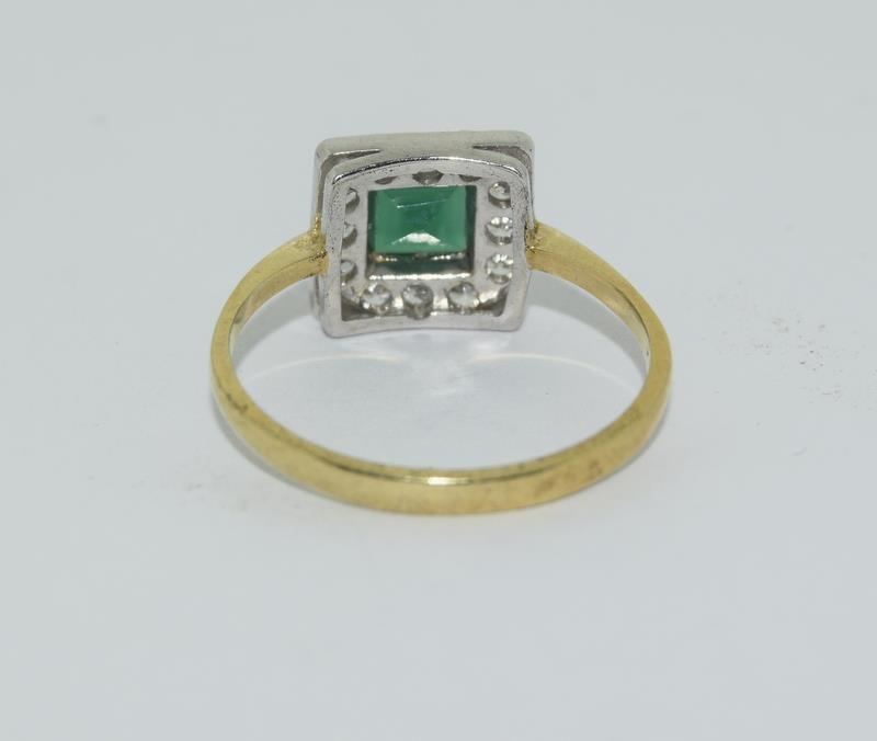 9ct Gold On Silver green Agate ring. - Image 3 of 6
