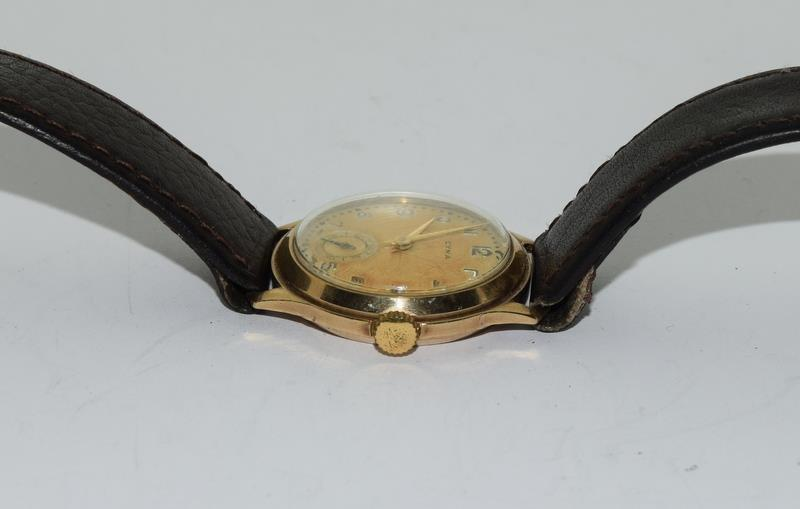 Cyma 1939 gents 9ct Gold wrist watch. - Image 3 of 8