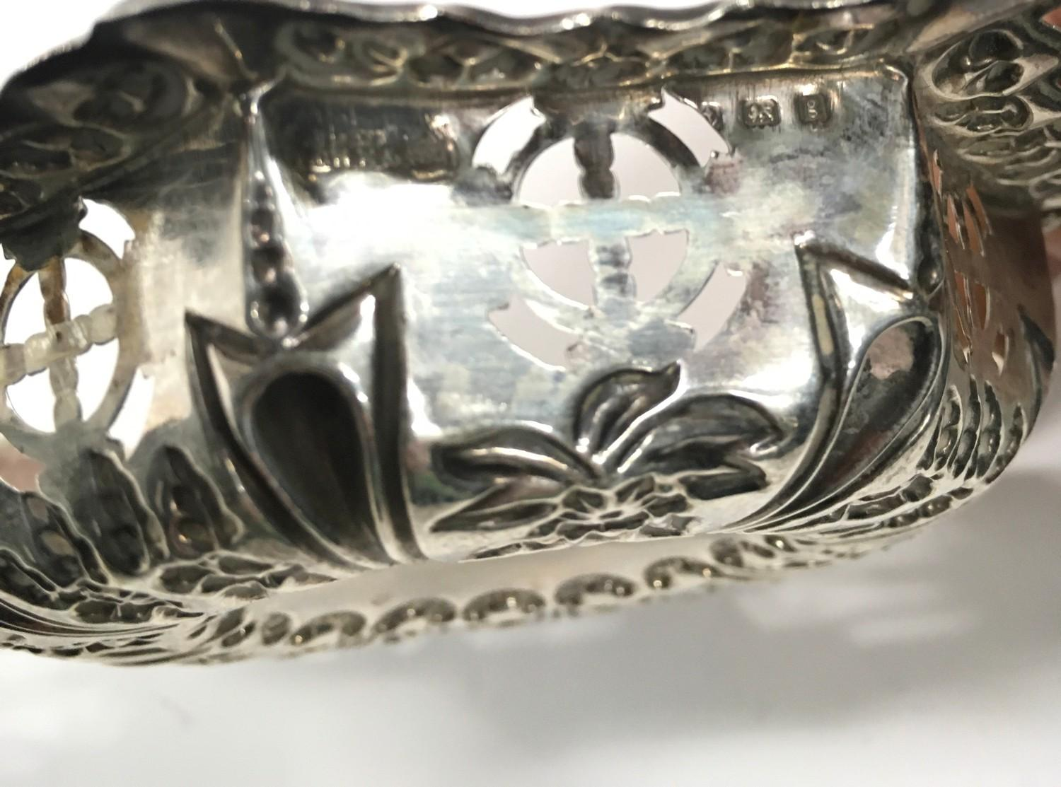 Silver Hallmarked Repousse Dish in Hexagonal Form together with a Silver Hallmarked Repousse Pin - Image 4 of 4