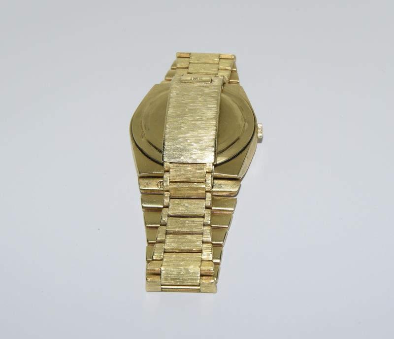 Gents 18ct gold IWC automatic wristwatch bark effect bracelet with gold dial,working order ,total - Image 6 of 8
