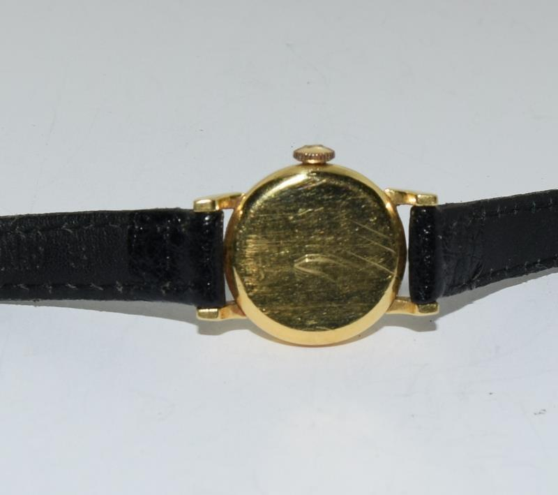 18ct Gold ladies Omega manual wind wrist watch, boxed. - Image 7 of 10