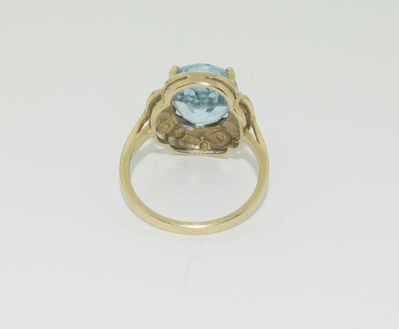 9ct Gold Antique Set Aquamarine Flower Ring - Image 3 of 6