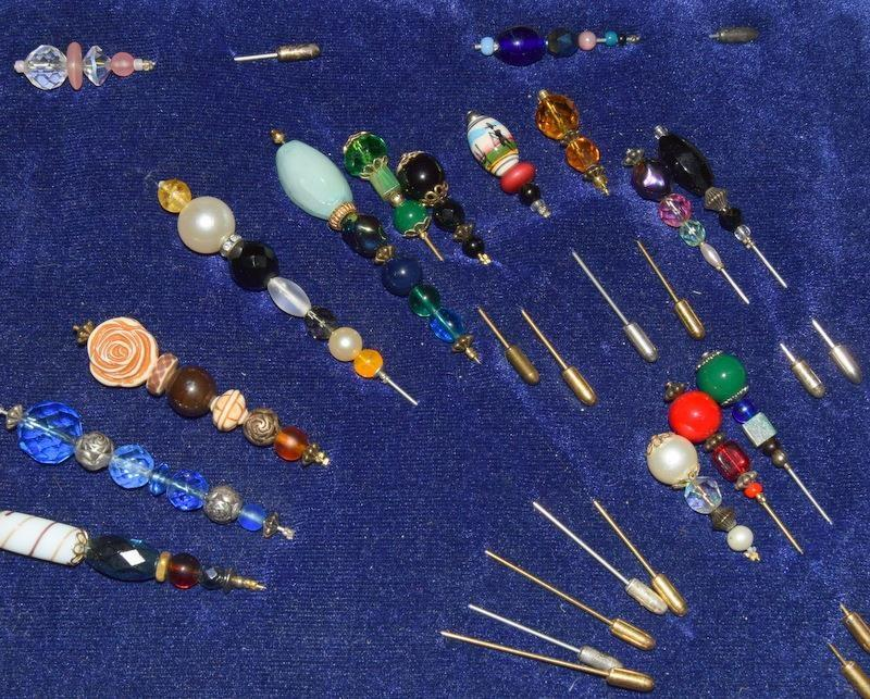 Good collection of Victorian and other ladies hat pins. - Image 5 of 5