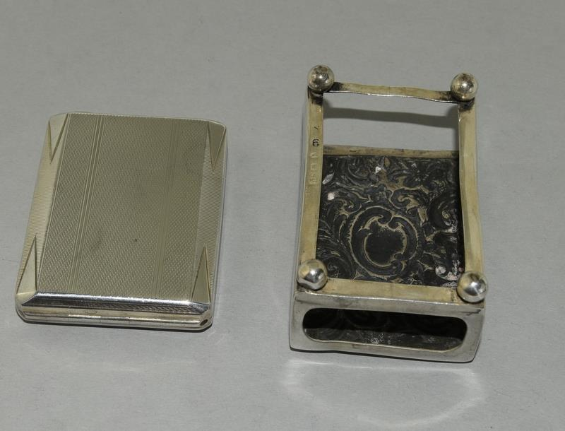 Silver Engine Turned Matchbook Holder and a Silver Matchbox Holder - Image 2 of 4