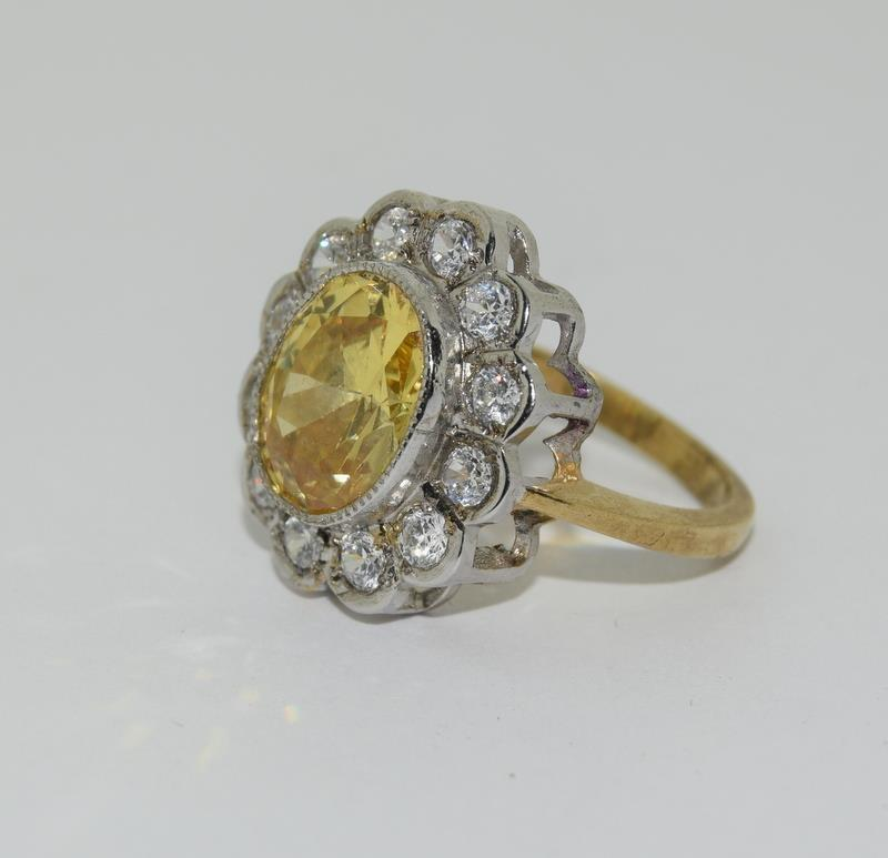 9ct Gold On Silver yellow stone ring. - Image 4 of 6
