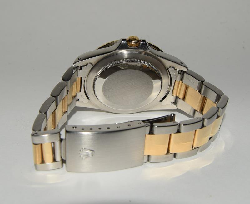 Rolex Bi Metal GMT Master Wristwatch, Dial. Serial No.8781026. - Image 12 of 16