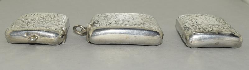 3 Convex Shaped Silver Vesta Cases - Image 5 of 5
