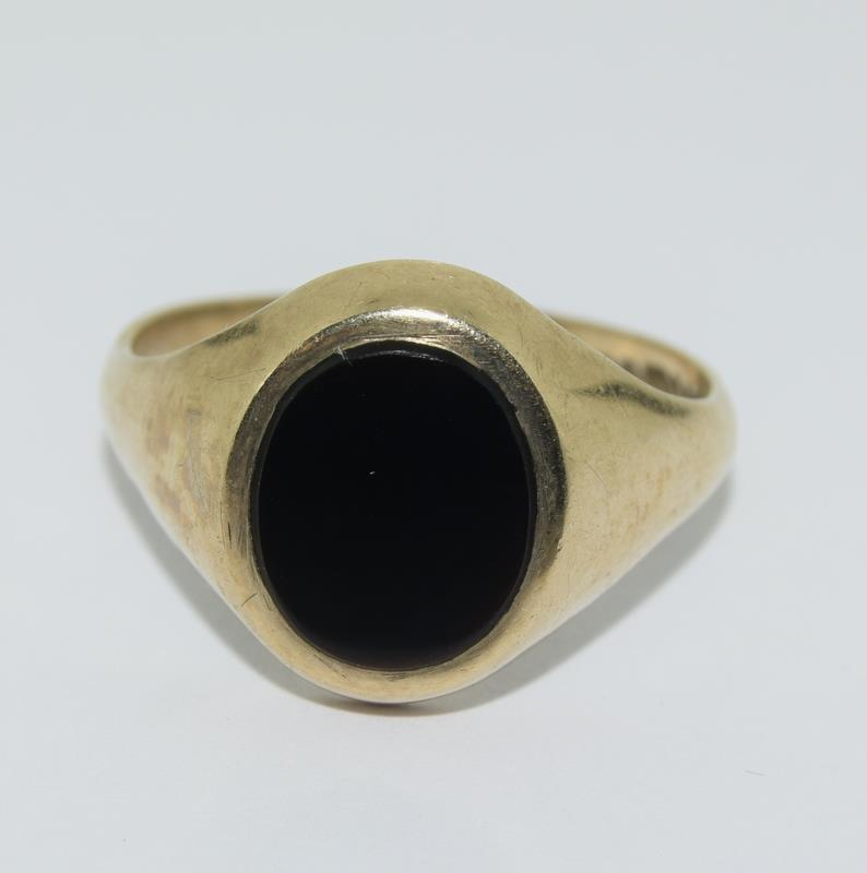 9ct Gold Signet ring. Size X