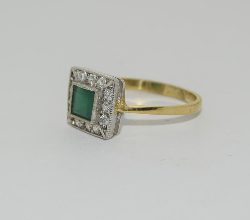 9ct Gold On Silver green Agate ring. - Image 4 of 6