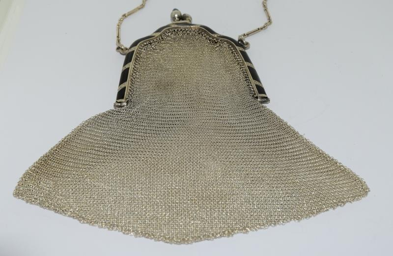 3 Silver Purses. One with Blue Cabuchon Clasp and Black Enamel Sides. One Early Import Mark, - Image 9 of 18