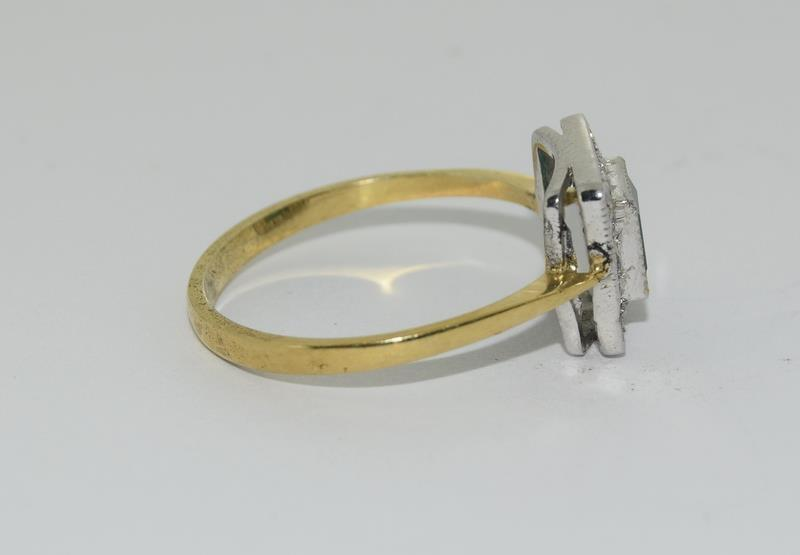 9ct Gold On Silver green Agate ring. - Image 2 of 6