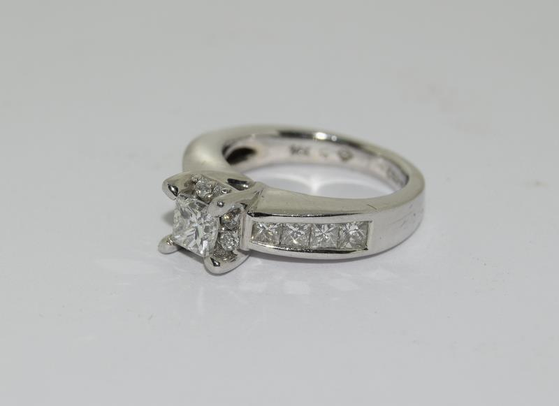 A 14ct white gold and diamond ring with central princess cut diamond. Size K - Image 5 of 7