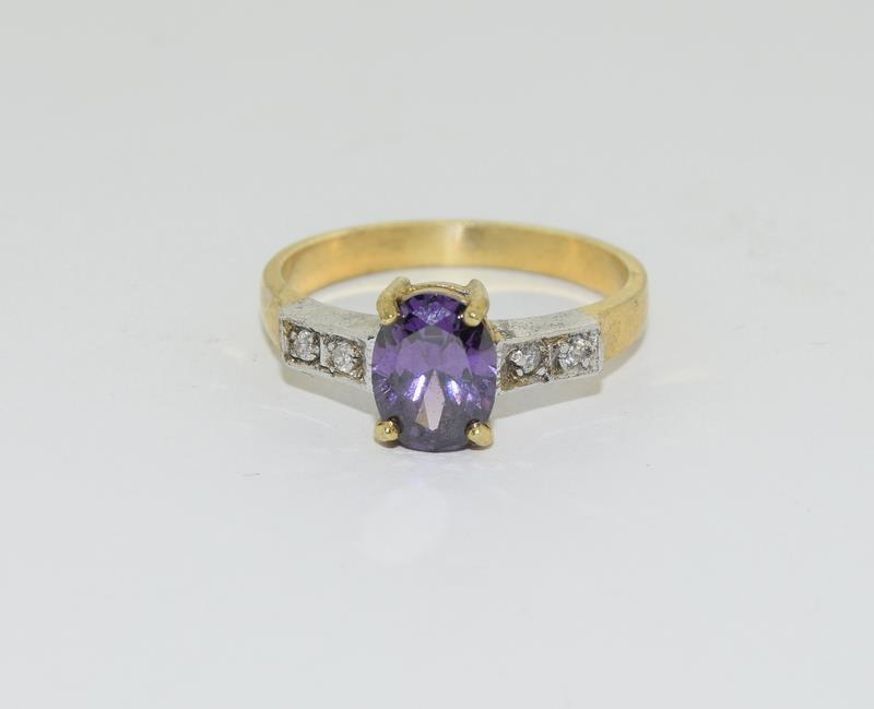 9ct Gold on Silver Amethyst CZ ring. - Image 5 of 5