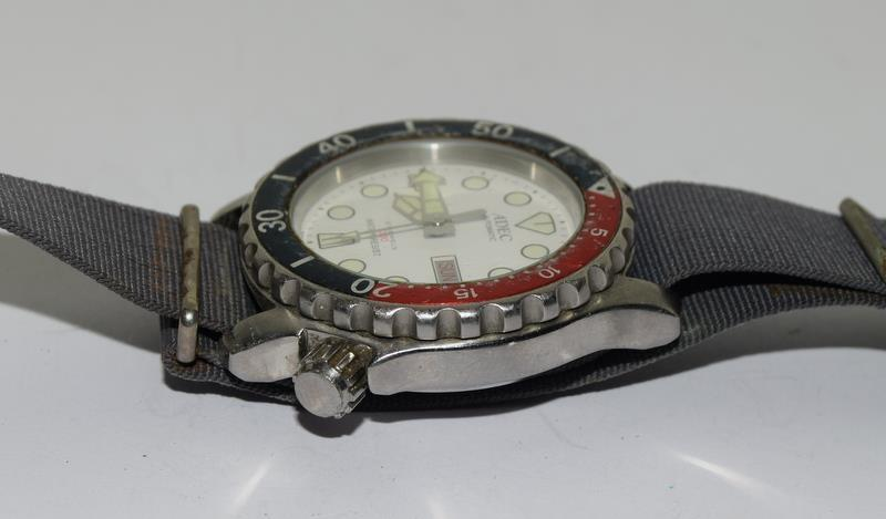 Automatic Adec Diver's Watch on Military Strap, Working. - Image 5 of 10