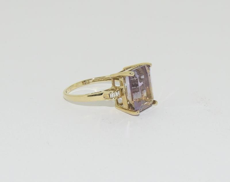 A yellow gold and diamond cocktail style ring with a four claw setting.Size N - Image 5 of 6