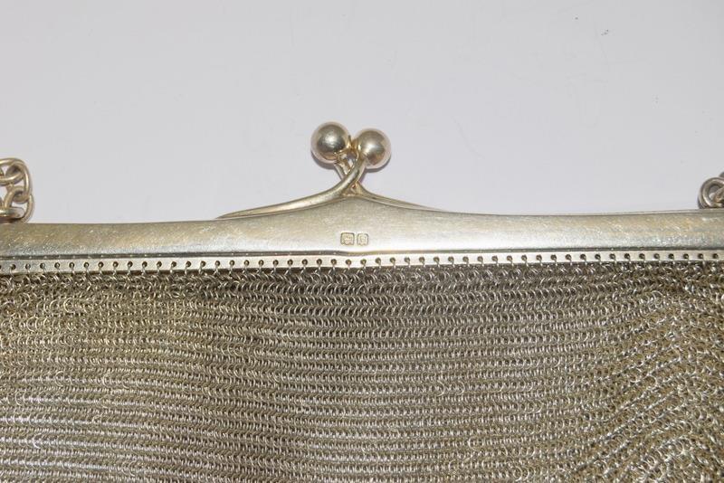 Silver Hallmarked 1902 Heavy Silver Purse. 208g. Full British Hallmark - Image 6 of 10