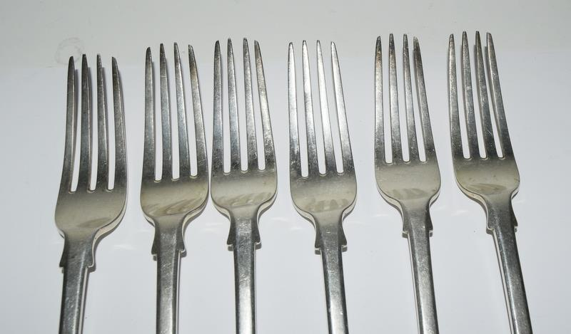 Six Silver hallmarked table dinner forks. 480 grams. - Image 2 of 5