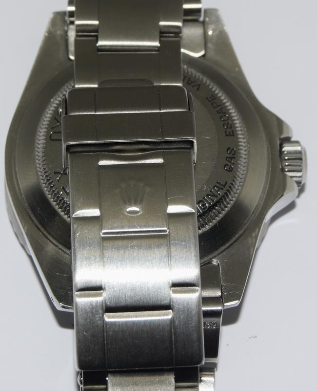 Rolex Sea Dweller gents wristwatch. Model No. 16600. Approx 1998 U39****. Very good condition. - Image 7 of 10