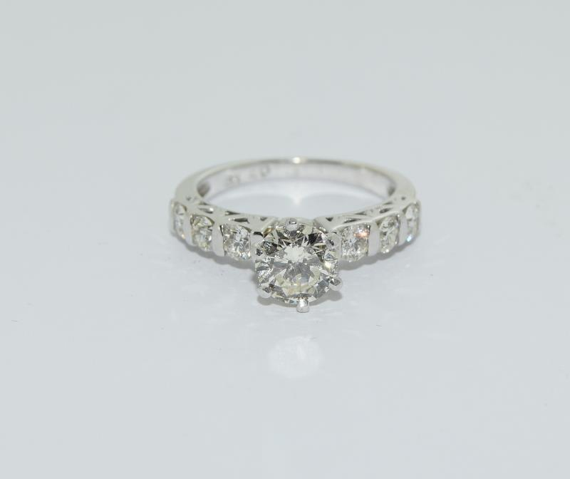 An 18ct white gold diamond ring of 1.45cts Size L