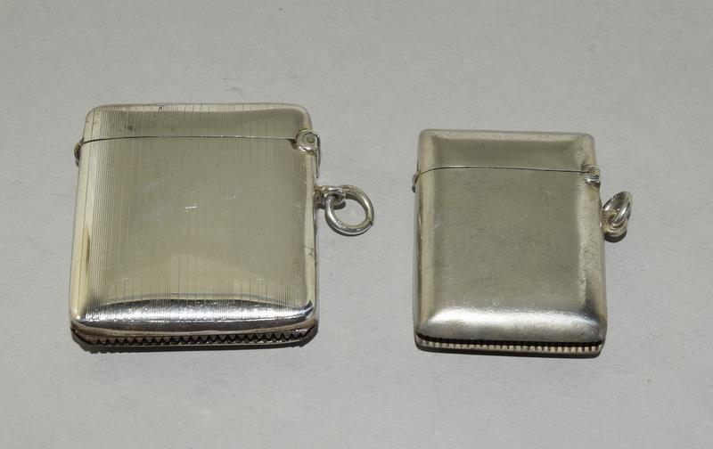 2 Silver Hallmarked Vesta Cases - Image 2 of 5