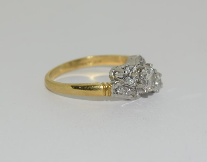 9ct Gold On Silver 3 stone CZ Twist ring. - Image 5 of 6