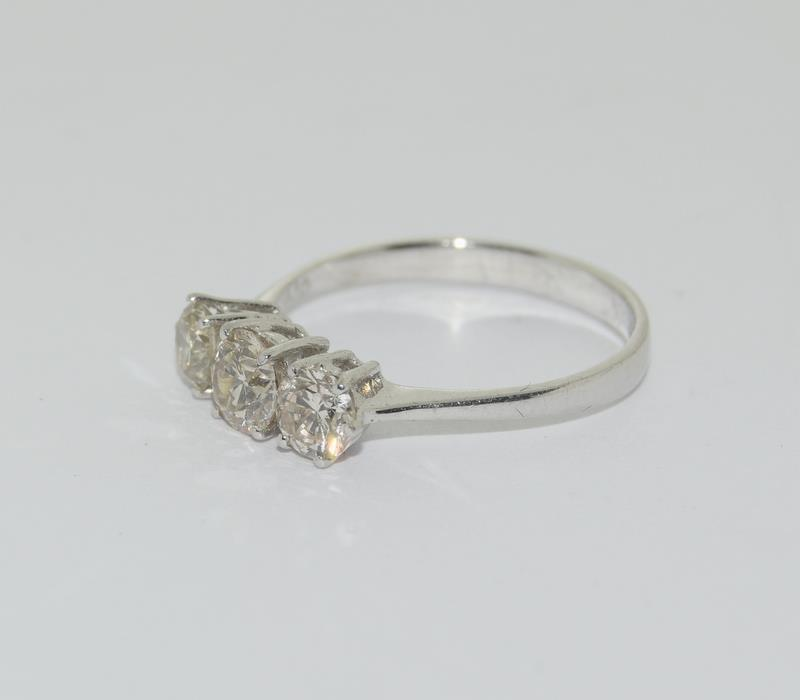 An 18ct white gold three stone diamond ring of 1.1cts. - Image 3 of 4
