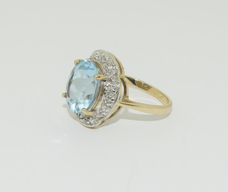 9ct Gold Antique Set Aquamarine Flower Ring - Image 4 of 6