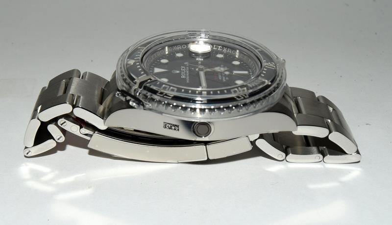 Rolex Anniversary single Red Sea-Dweller Wristwatch, boxed. - Image 5 of 7