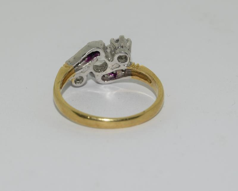 9ct Gold On Silver 3 stone CZ Twist ring. - Image 3 of 6