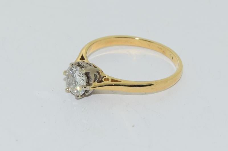 18ct Gold ladies Diamond Solitaire ring. Size N. - Image 8 of 12