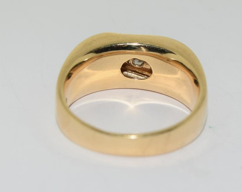 14ct Gold Gents 5 stone Diamond Signet ring. Size W. - Image 5 of 10