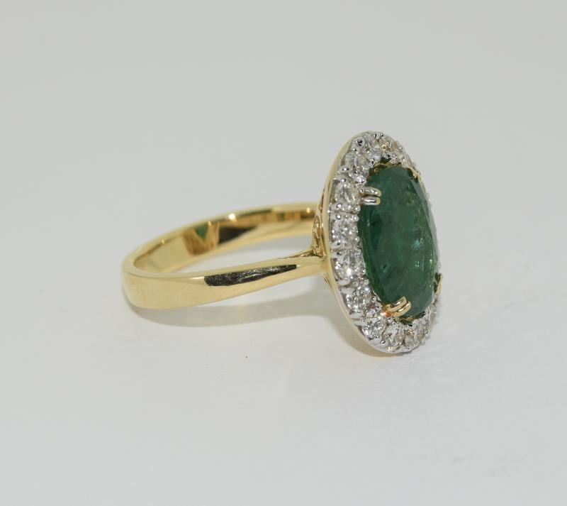 18ct gold Emerald and Diamond ring. Emerald approx 3.6ct and Diamond approx 1ct. - Image 5 of 6