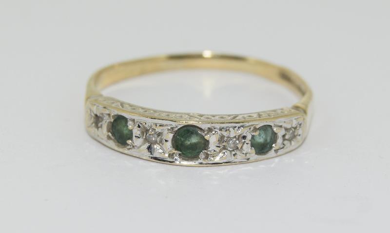 9ct Gold Antique Set Diamond 7 Sapphire Ring. Size O