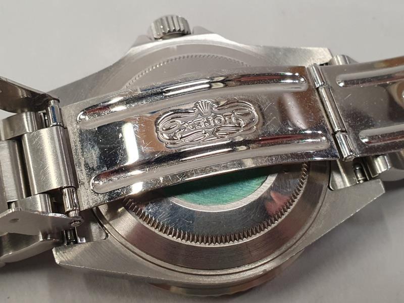 Rolex Submariner 16610, with service box and papers. - Image 8 of 10