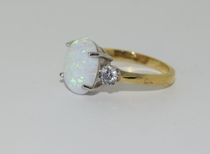 9ct Gold On Silver Opaline Trilogy ring. - Image 4 of 6