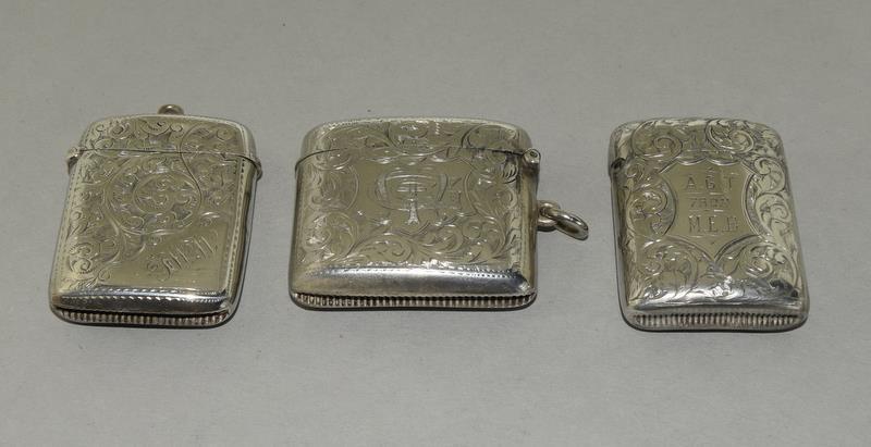 3 Convex Shaped Silver Vesta Cases