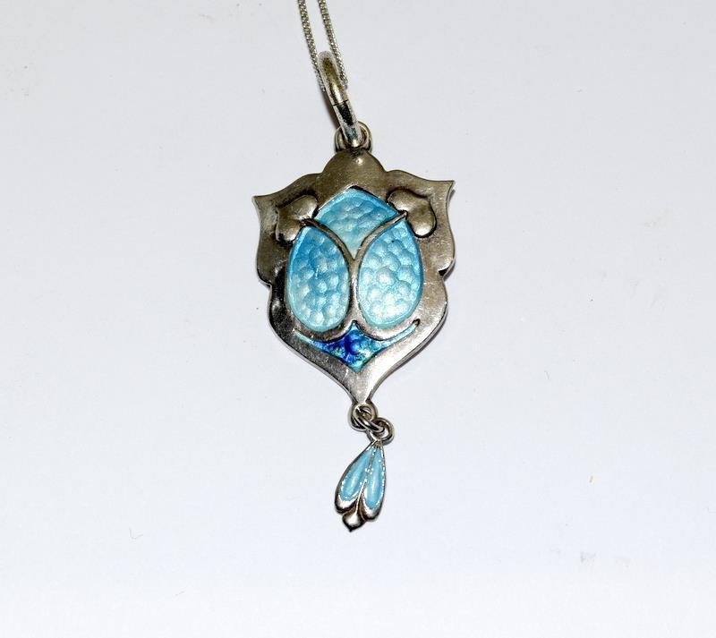 Art Nouveau silver enamel pendant necklace. - Image 4 of 4