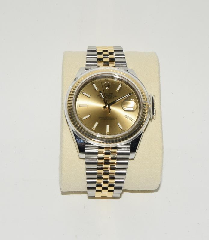 Rolex 41 Stainless Steel & Yellow Gold - Image 4 of 10