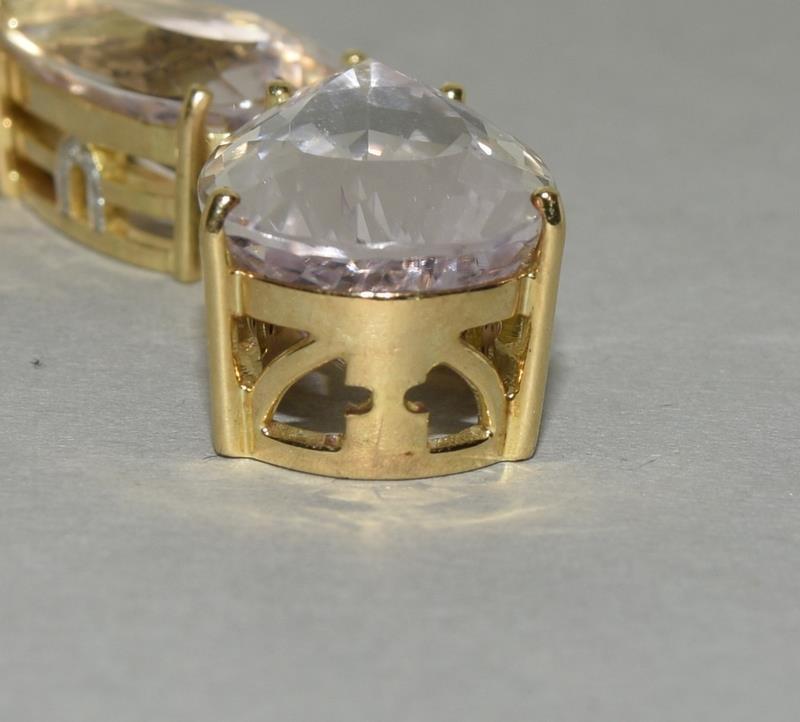 18ct Gold Kuuzite Diamond necklace. - Image 6 of 6