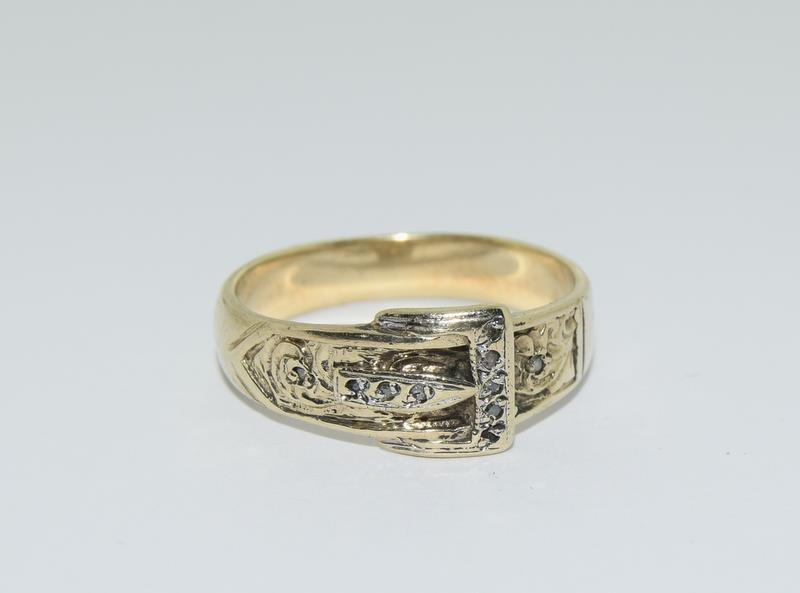 9ct Gold Gents Buckle Ring Fitted with Diamonds. Size T - Image 6 of 6
