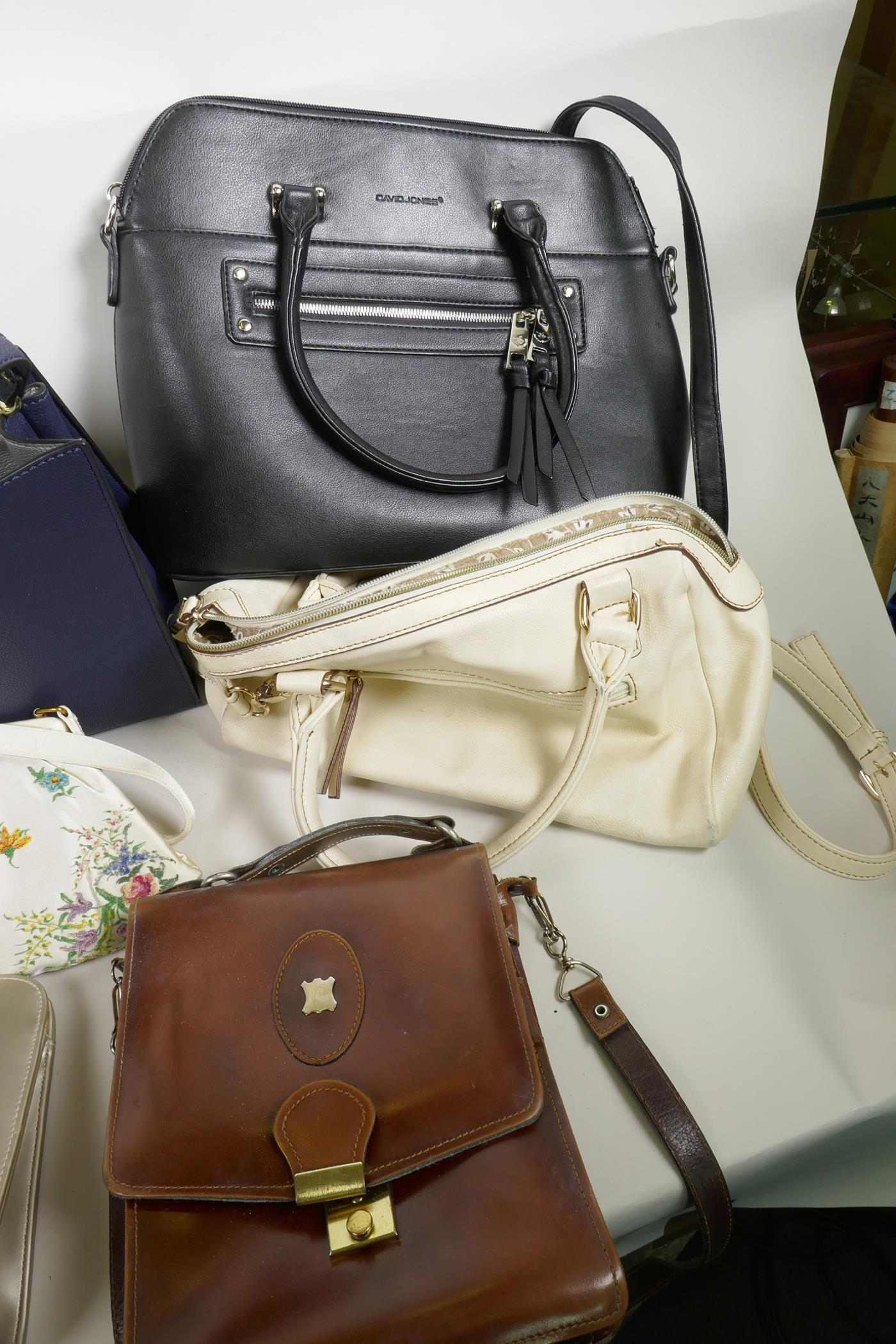 Lot 46 - A collection of vintage handbags including David Jones, Tula etc