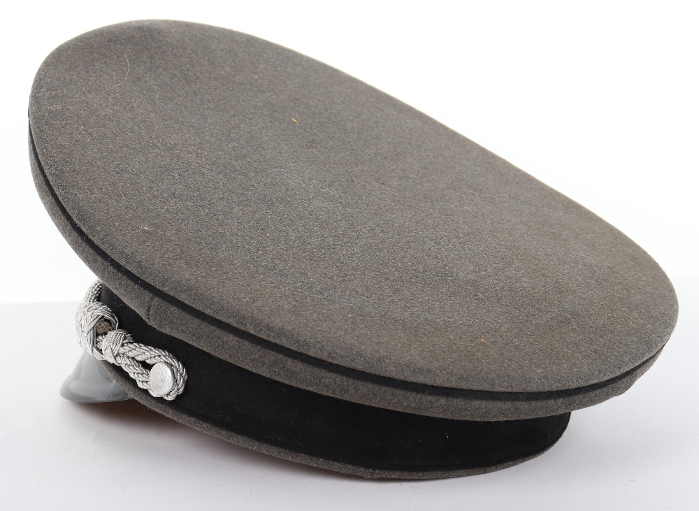 Lot 14 - Waffen-SS Pioneer Officers Peaked Cap