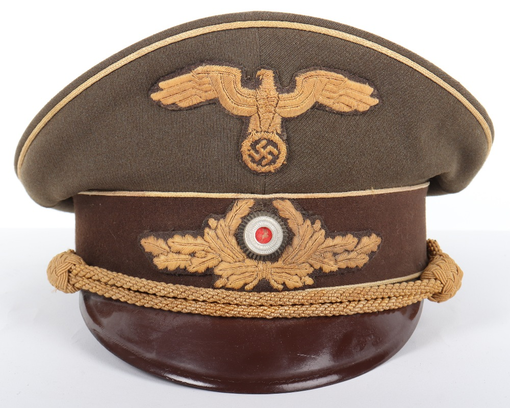 Lot 37 - Third Reich Ministry of Occupied Eastern Territories (R.M.B.O) Leaders Peaked Cap